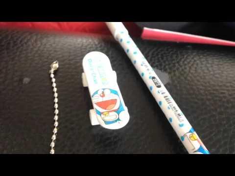 Cây viết DORAEMON , có cả ván trượt tay nhỏ Doraemon