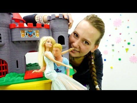 Куклы Барби Мультик для девочек Видео с куклами.  Пластилин Плей До Игры Игрушки для детей