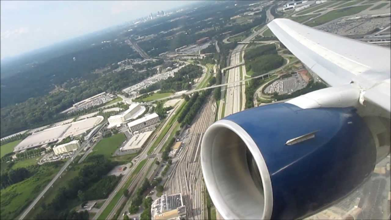 Delta Airlines Boeing 767 300 Stormy Takeoff From Atlanta