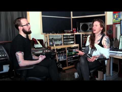 """Against Me!'s Laura Jane Grace Discusses """"Pretty Girls (The Mover)"""""""