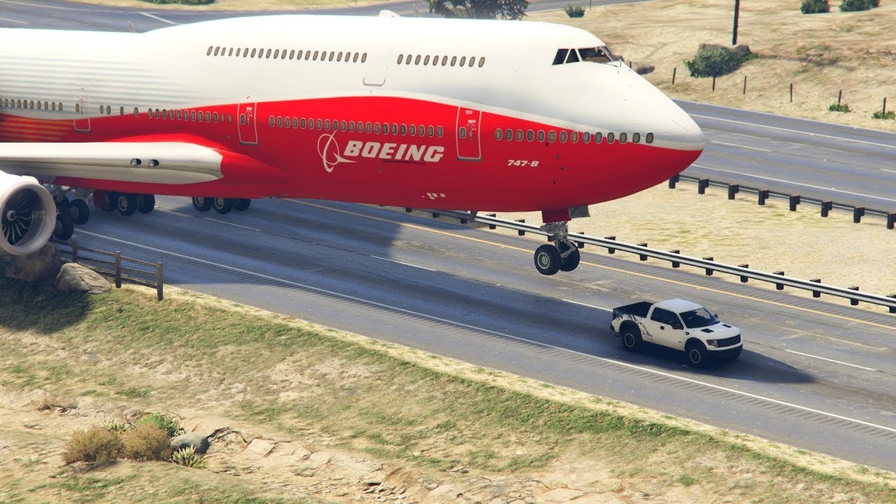 """Giant Air Plane """"Emergency Landing"""" on Highway -- Two Engines Failed -- ( GTA 5 Crazy Moments)"""
