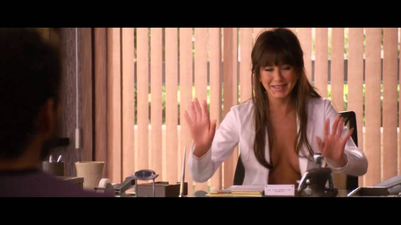 Nude jennifer aniston sex scene