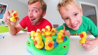 Father Son PLAY LUCKY DUCKS! / Quack Attack!