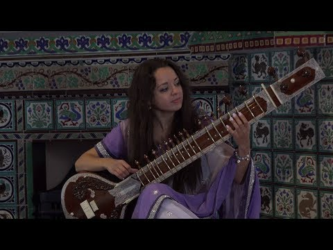 Raga Charukeshi. Elizaveta Kucherova - sitar, Pavel Sartakov - tabla. 4K. 29.10.17