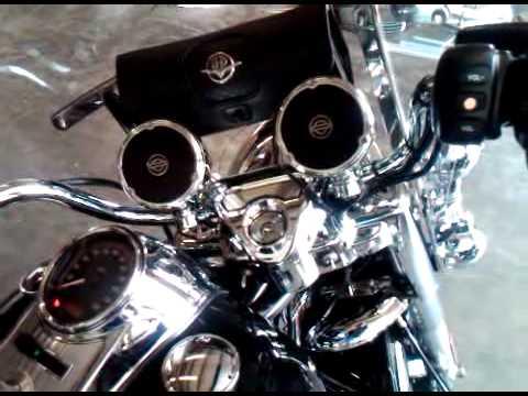 Harley Boom Audio on 09 Road King Clic with Vance & Hines Big ...