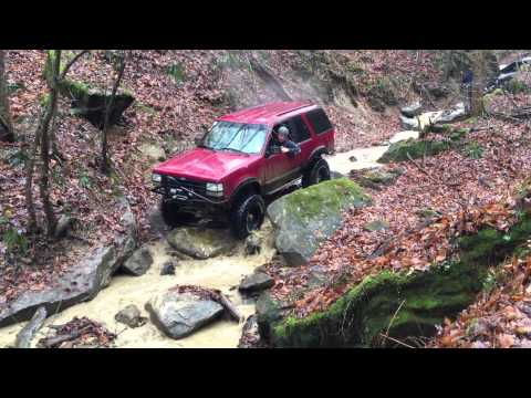 West Virginia Jeep Club. HMT Ivy Branch. Rocks for Tots, December 6, 2014 trail #73, Alt obstacle