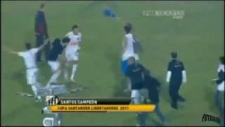 Santos campeon y pelea [HD] copa libertadores 2011
