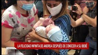 Andrea tuvo a su hijo por subrogación de vientre en Ucrania y lo presentó en eltrece