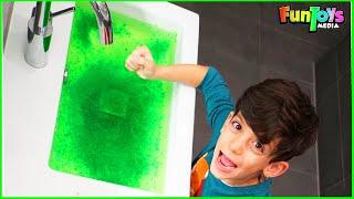 Jason Play with Magic Slime Toys
