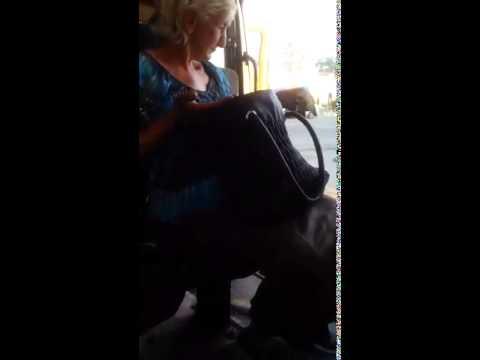 Бабушка отожгла в маршрутке на кабардинском