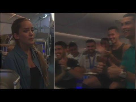 Así cantó la hija de Michel Salgado para la plantilla del Real Madrid en el avión ◉ 2017