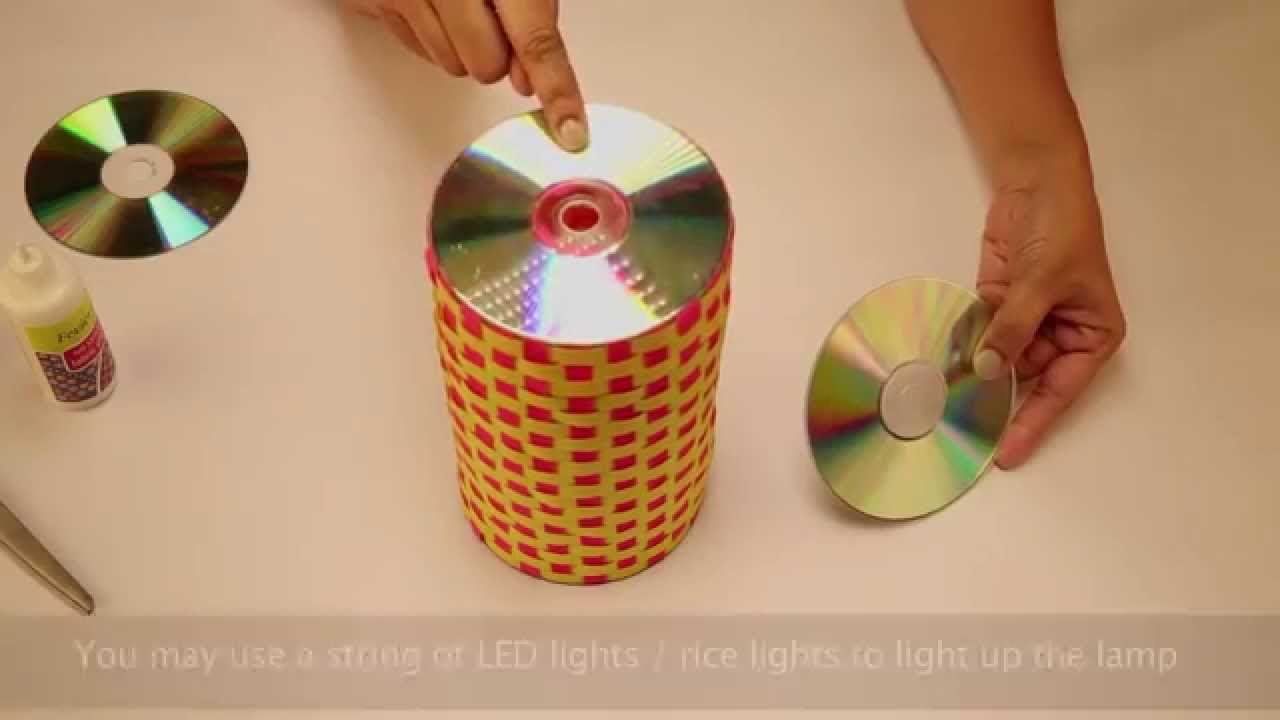 Recycled lamp with old cds youtube for Art n craft from waste