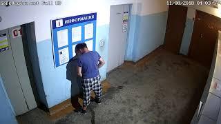 Ссыт в подъезде!  Участковые  по Заволжскому району даже слышать не хотят, чтоб искать ссыкунов