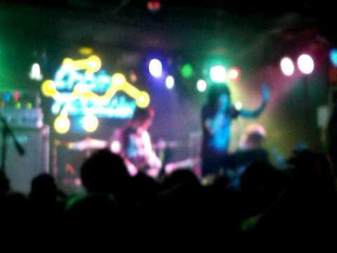 Sleeping With Sirens - Captain Tyin' Knots (Live;03/20/10)
