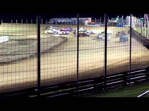 100 3279 2015 07 18 Devils Lake Speedway Street Stock Feature 1