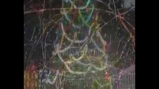ролик о запуске конфетти и серпантина на Новогодней елке в Минске во Дворце Республики Беларусь(Облако из десятков тысяч медленно кружащихся блестящих полосок конфетти