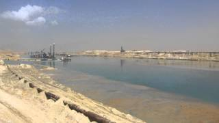 See the first video of the Suez Canal entirely new sector of the East,