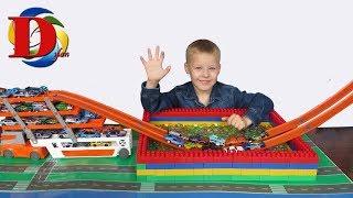 50 Хот Вілс машинок пускаємо в КУЛЬКИ ОРБІЗ. Відео для дітей про іграшки машинки і трек Hot Wheels
