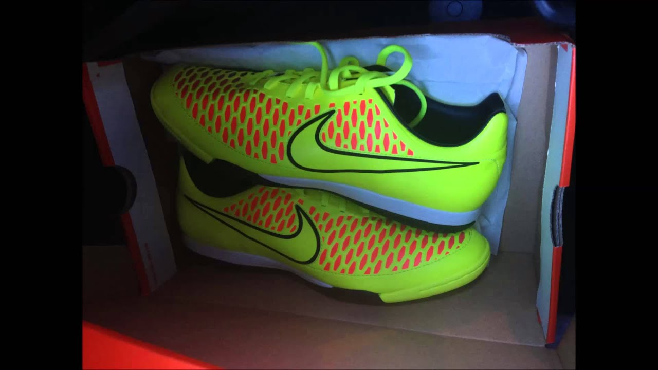 nike running shoes 2017 nike indoor soccer shoes