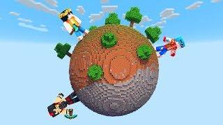 SOLO el 1% SOBREVIVE en el PLANETA REDONDO! 😱 Minecraft Mapa Survival