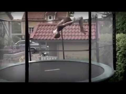 Trampolin With Olle Erik Simon