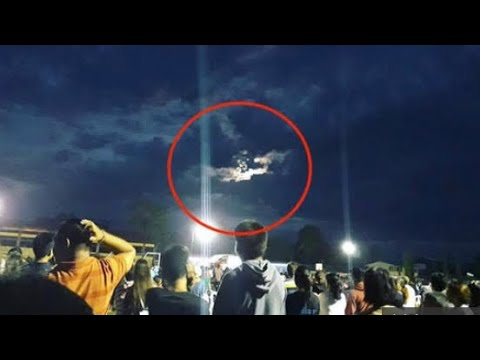 Jesus 'appears on clouds' to faithful in Philippines on Easter Sunday
