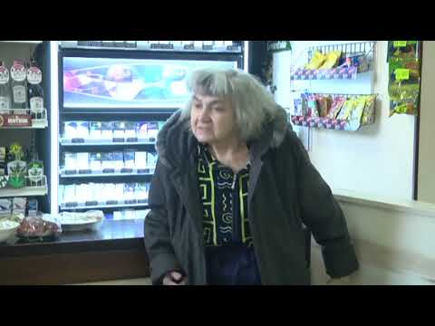 Пенсіонерка тримає у страху багатоповерхівку у Запоріжжі