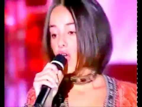 Alizee Moi Lolita + Lyrics (auch deutsch) , Festivalbar Pistoia Italien
