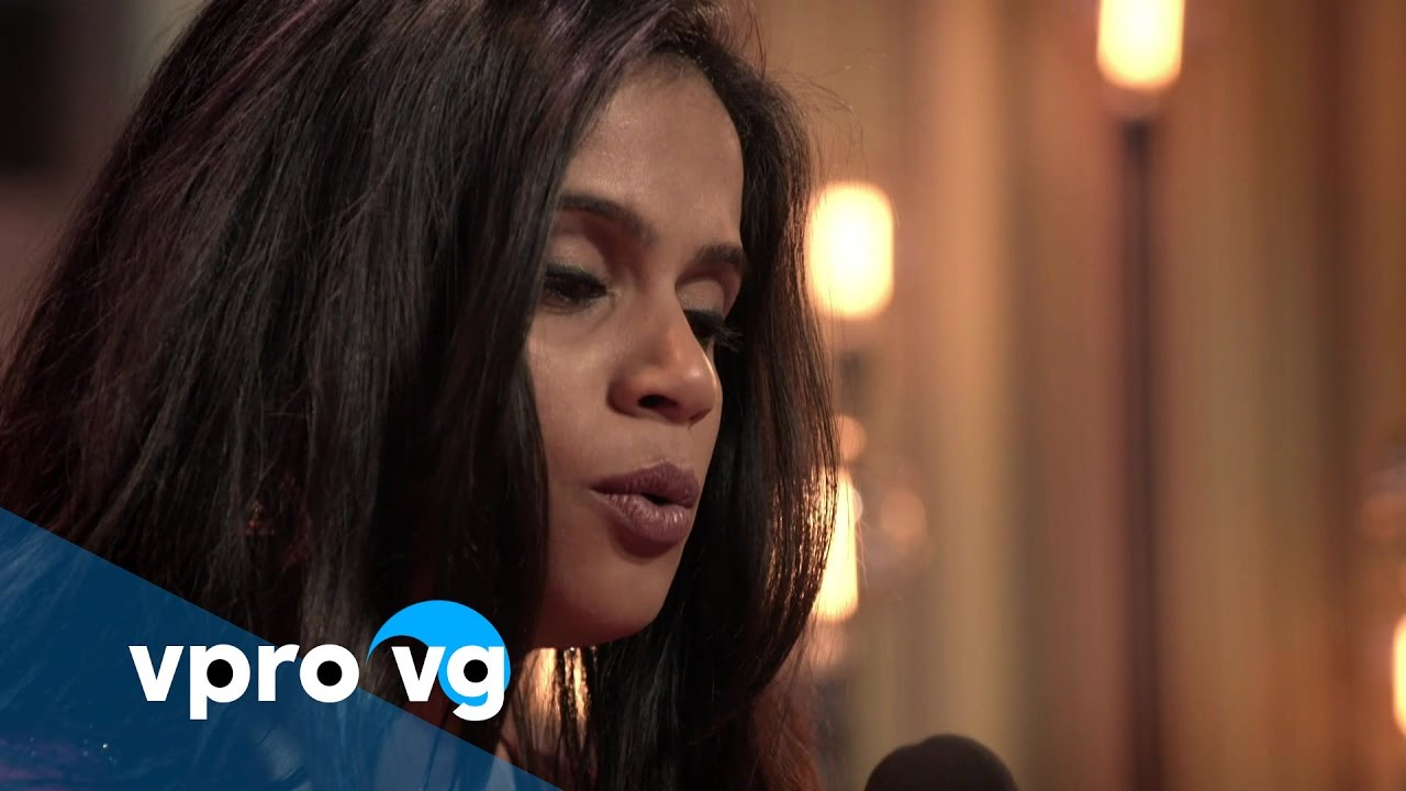 Madhu Lalbahadoersing & Ruven Ruppik - Sarasvati Vandana (live @TivoliVredenburg Utrecht)