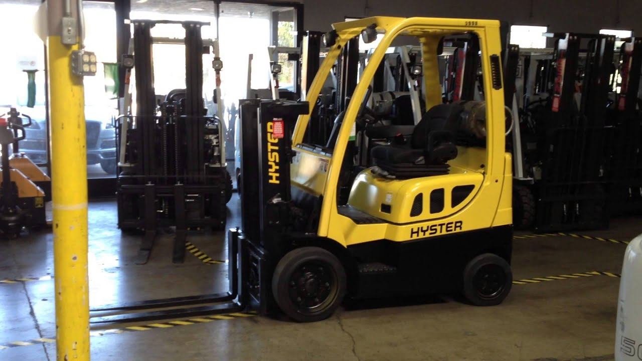 Super clean hyster s40ft truckers mast propane forklift for Tow motor vs forklift