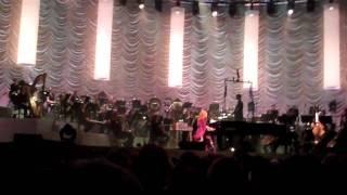 Holly, Ivy and Rose - Tori Amos & The Metropole Orchestra @ HMH