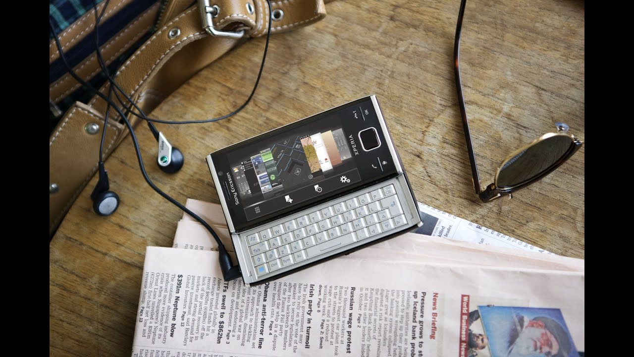 Sony Ericsson Xperia Pureness - unboxing and demo - YouTube