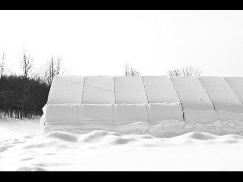 видео: Теплицы в Сибири. Экономное отопление или чем греться в Сибири.