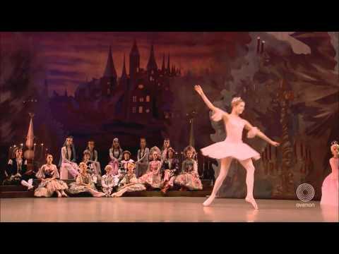 Mariinsky - The Nutcracker - Dance of the Sugar Plum Fair & Coda - Ovation