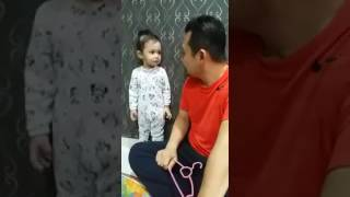 Download Video Comel Anak Kecil Menjawab Ketika Dimarahi Bapa MP3 3GP MP4
