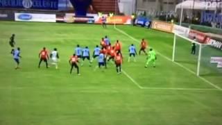 رياضة  بالفيديو.. حارس مرمى ينقذ فريقه برأسية قاتلة