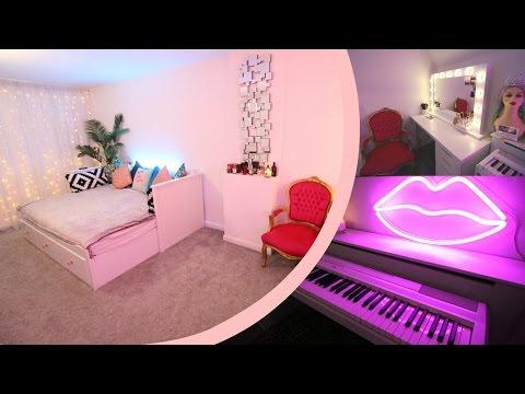 Beauty Room Tour | Fairy Light Curtain Tutorial | CC Clarke Beauty