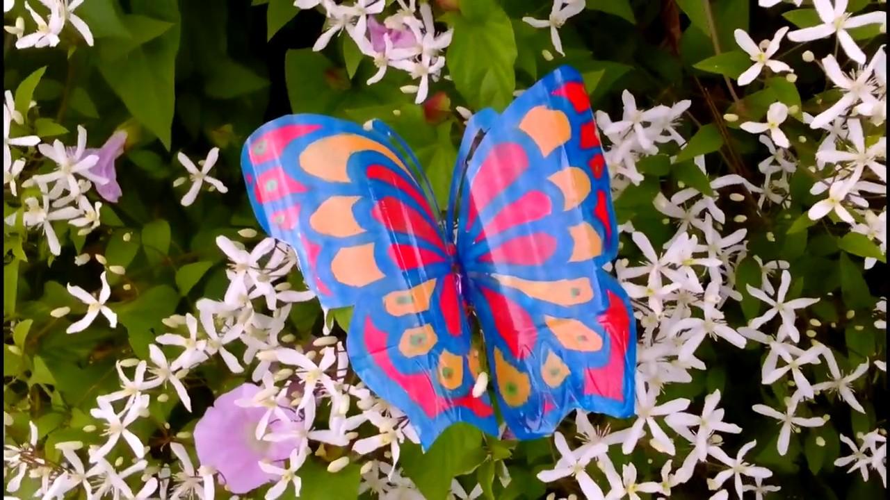 Бабочки из пластиковых бутылок на клематис. Поделки для сада своими руками. Сад и огород