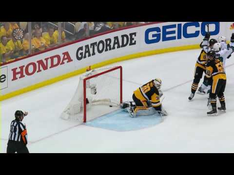 Braun gives Sharks tying marker late in Game 2