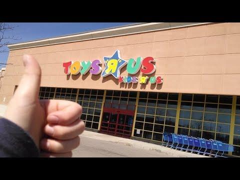 Follow Me Around Toys R Us - Shopping vlog
