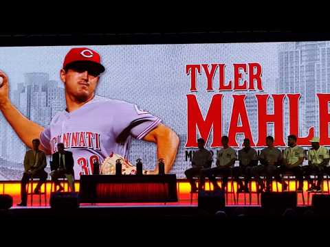 Tyler Mahle being awarded the Reds Minor League Pitcher of the Year Award at Redsfest (2017)