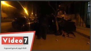 الكلاب البوليسية تمشط محيط مجلس الوزراء عقب انتهاء وقفة معلمات محو الأمية