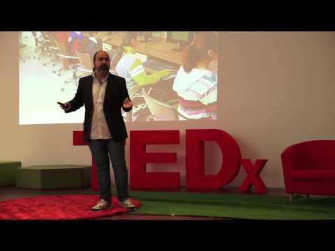 El futuro está compuesto de atomos y bytes   Marco Antonio Rodríguez   TEDxUPFMataró