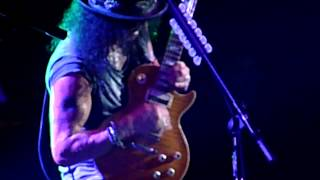 """Slash """"Rocket Queen"""" live Zenith Paris, France 20/10/2012"""