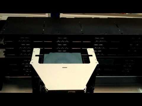 IBM 3573-L4U Tape Library - Internal Workings - IBM Rentals And Leasing