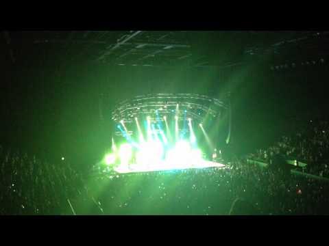 SYDNEY 13.10.2012 | Maroon 5 - One More Night