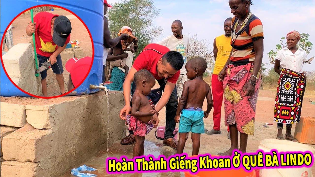 Quanglinhvlogs | Hoành Thành Giếng Khoan ở Quê Bà LINDO - Cảm Xúc Của Người Dân Châu Phi Khi Có Nước