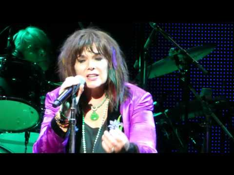 Ann Wilson of Heart - Alone  June 13 2017 Nashville