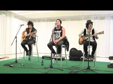 Escape the Fate - Fire It Up - Acoustic Live Unplugged Version - Connor