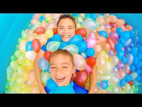 Orbeez challenge surprises et bonbons cach s dans de for Swan et neo piscine